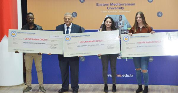 EMU Rewarded Its Successful Students with Cash Checks