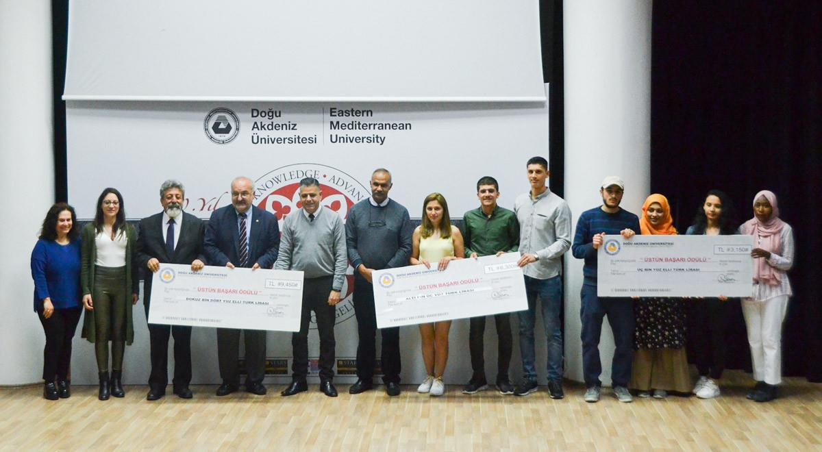 EMU Awards Successful Students